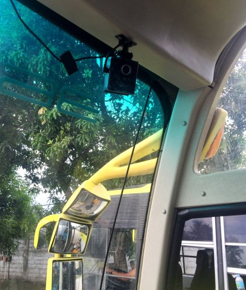 Yanson Bus_3